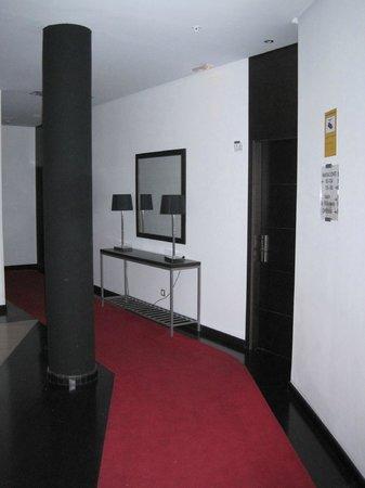 Gran Hotel Don Manuel: Acceso a la habitación