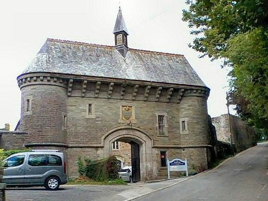 Bodmin Jail: The entrance to Bodmin Gaol