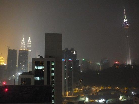 Sheraton Imperial Kuala Lumpur Hotel: Twin Tower and Menera view from hotel