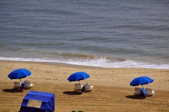 Fairfield Inn & Suites Virginia Beach Oceanfront: view from balcony