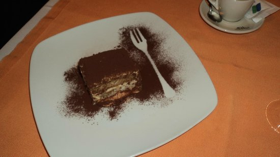 Profumo di ristorante italiano : Tiramisu.....out of this world