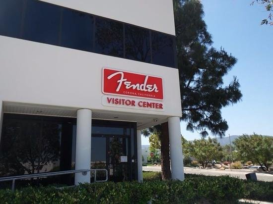 Fender Guitar Visitor Center : Entrada