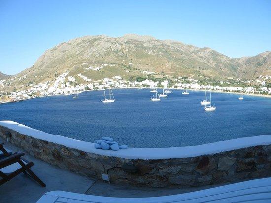 Studios Amfitriti: panoramique sur la baie depuis ma chambre