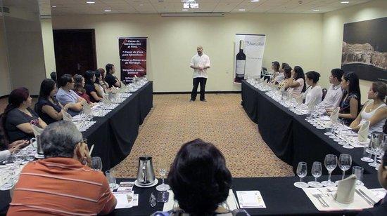 Bodega Privada Peru: Cursos y Cenas de Maridaje en Lima
