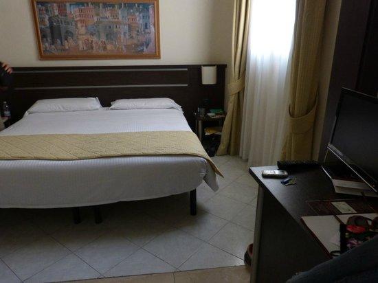 The Church Village : Le lit est grand