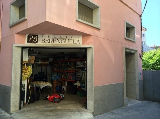 Pensión Berenguela: This is the front; the entrance is the door to the right.