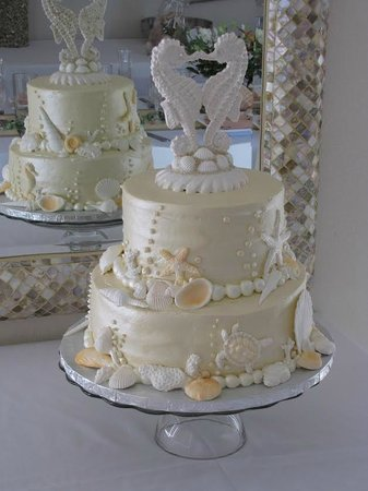 Sandy Shoes Resorts: Sandy Shoes Wedding