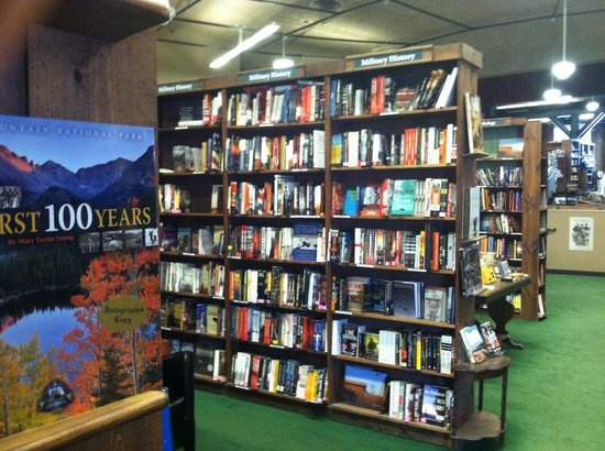 Tattered Cover Bookstore: Books for a 100 feet