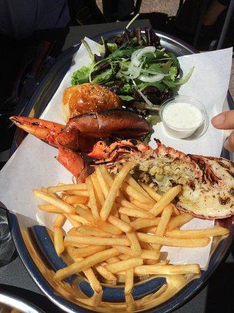 TONTON BOBBY : Demi homard et pince