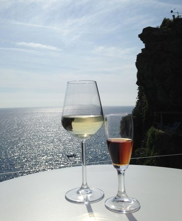 Save Vernazza Wine & Food Discovery