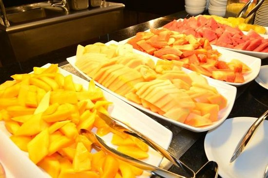 Crowne Plaza Santo Domingo: Breakfast Fresh Fruit