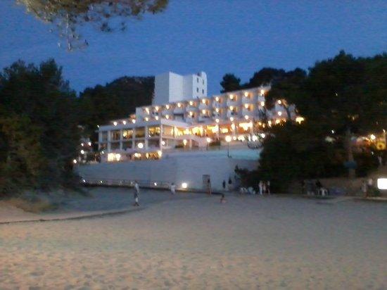 Marconfort El Greco Hotel : Hotel in evening