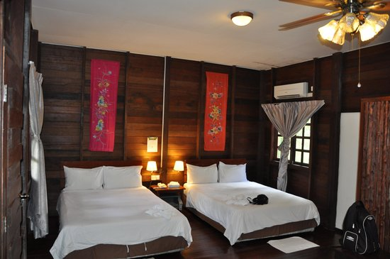Bilit Rainforest Lodge : Chambre
