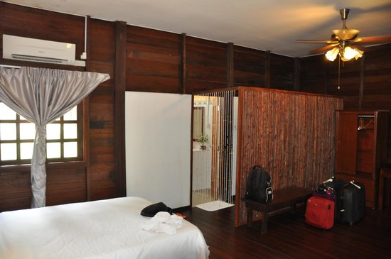 Bilit Rainforest Lodge: Salle de bain