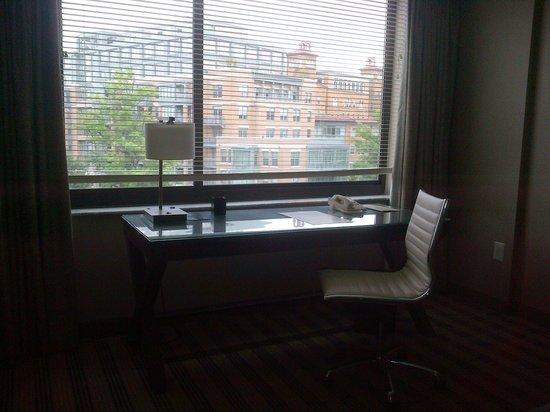 Avenue Suites Georgetown: escritorio