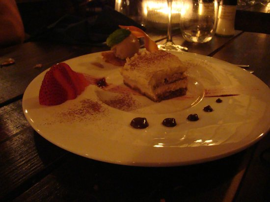 Restaurant Fishalicious : Tiramisu with coffee ice cream