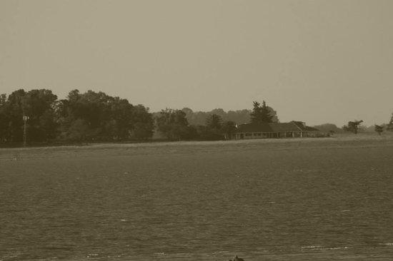Guamini, Argentina: Vista de la Isla