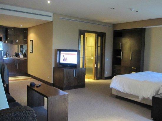 Eurostars Suites Mirasierra: Room