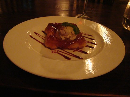 Restaurant Fishalicious : Tarte tatin of apple with cinnamon ice cream