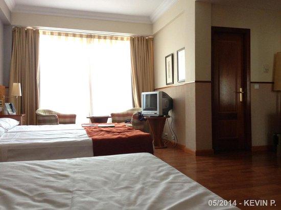 Leonardo Hotel Granada: Chambre