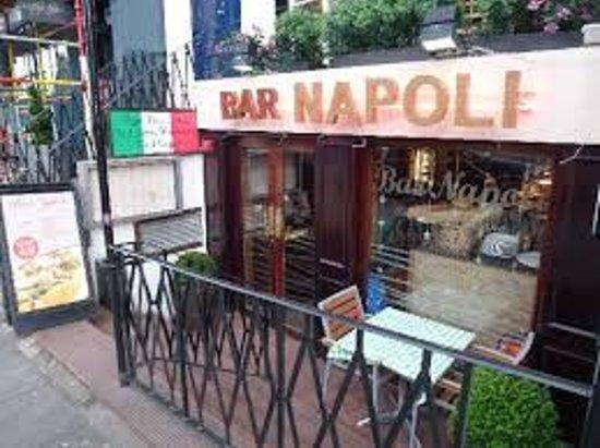 Outside Bar Napoli