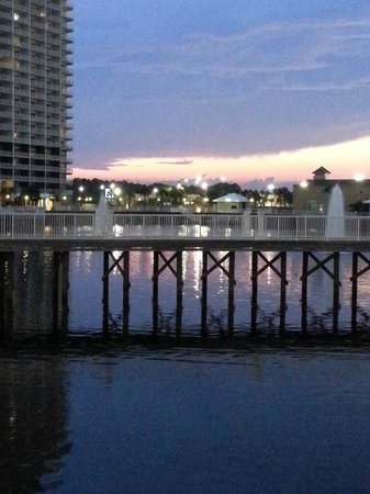 Laketown Wharf Resort: 5