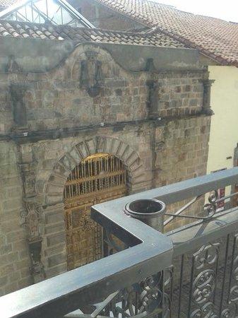 Pariwana Hostel Cusco: Patio / Recepción