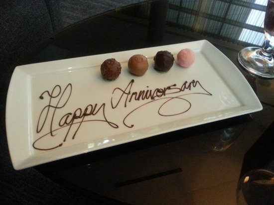 Hotel La Tour: Special chocolates