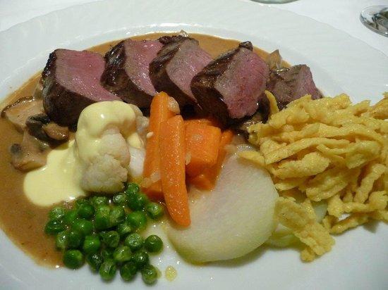Hotel Gasthof Vier Lowen: Aus heimischer Jagd