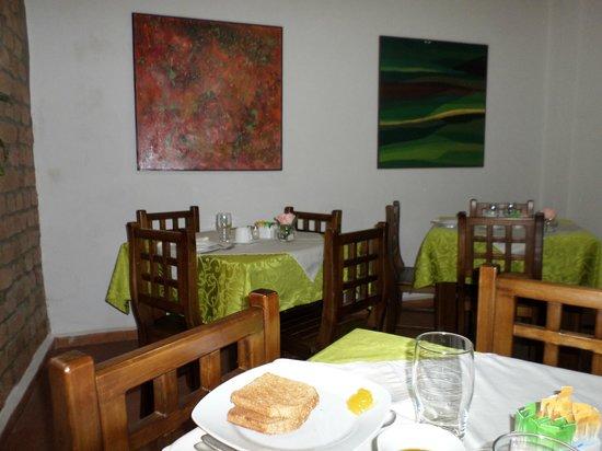 Casa de las Rosas: Breakfast area