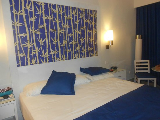 ClubHotel Riu Bambu: quarto-camas