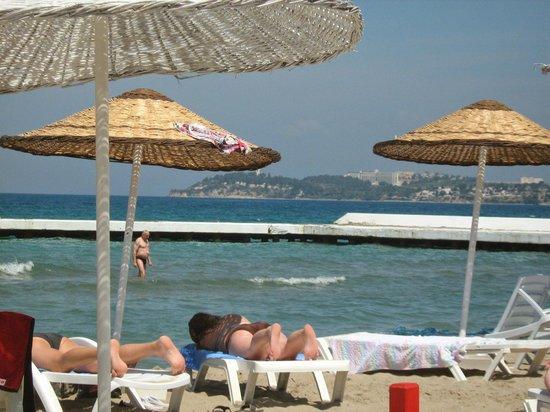 Atlantique Holiday Club: beach on doorstep