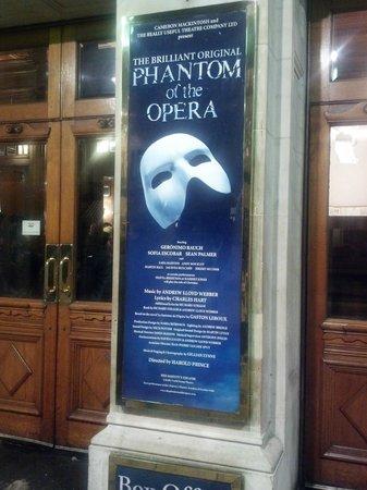 Phantom of The Opera London: the theatre