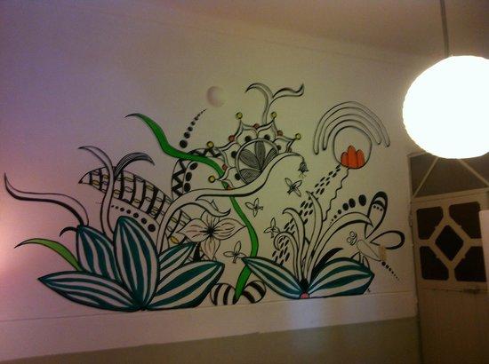 Dragonfly Hostels Cusco: Chapeau l'artiste !