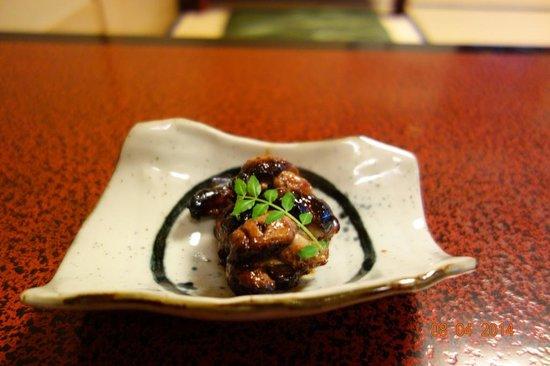 Atsuta Horaiken Honten : Grilled eel livers