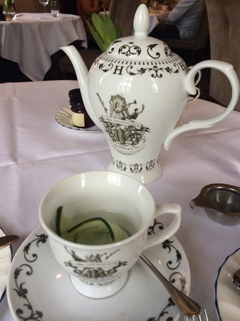 The Grand Afternoon Tea: Just the right cup of T!