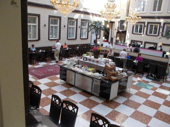 Best Western Hotel Bentleys: Lobby
