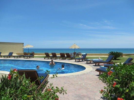 Las Olas: Pool with a view