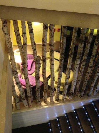 Hotel du Golf: Coin tranquille entre l'entrée et le restaurant