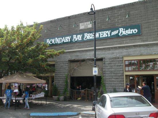 Boundary Bay Brewery & Bistro : Entrance