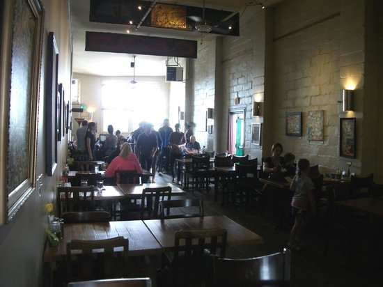 Boundary Bay Brewery & Bistro: Eating area