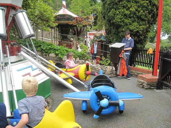 Watermouth Family Theme Park & Castle: Aeroplane Ride - Watermouth Castle