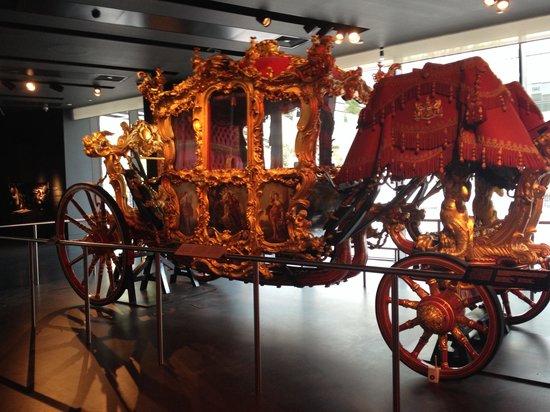 Museum of London : Carrozza reale nel museo di londra