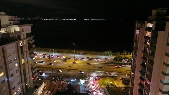 Blue Tree Towers Florianopolis: Vista noturna