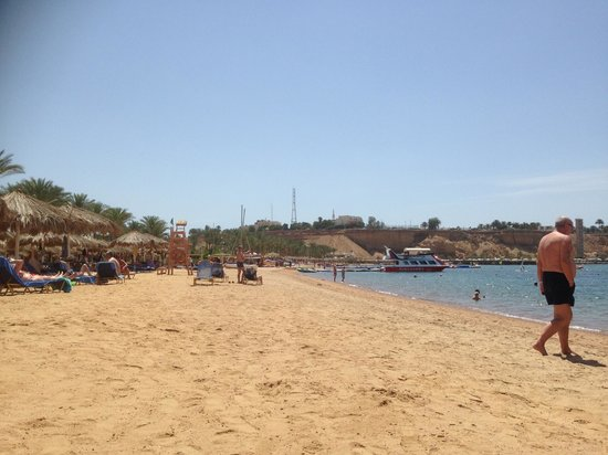Iberotel Palace : hotel beach