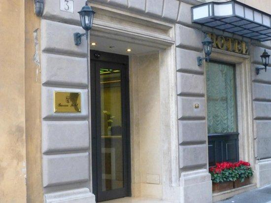 Barocco Hotel: Hotel entrance