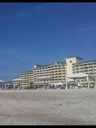 Omni Amelia Island Plantation Resort : View of the resort from the oceanfront