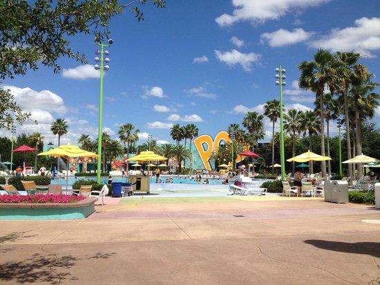 Disney's Pop Century Resort: Hippy Dippy Pool