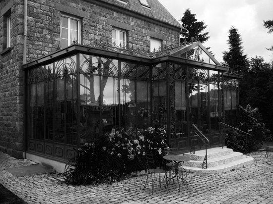 La Ramade Hotel de Charme : véranda