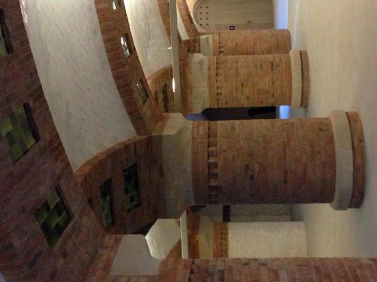 Recinto Modernista de Sant Pau (Recinte Modernista de Sant Pau): Hall of Columns